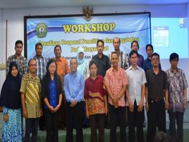 Workshop Penulisan Proposal Penelitian dan Pengabdian Masyarakat