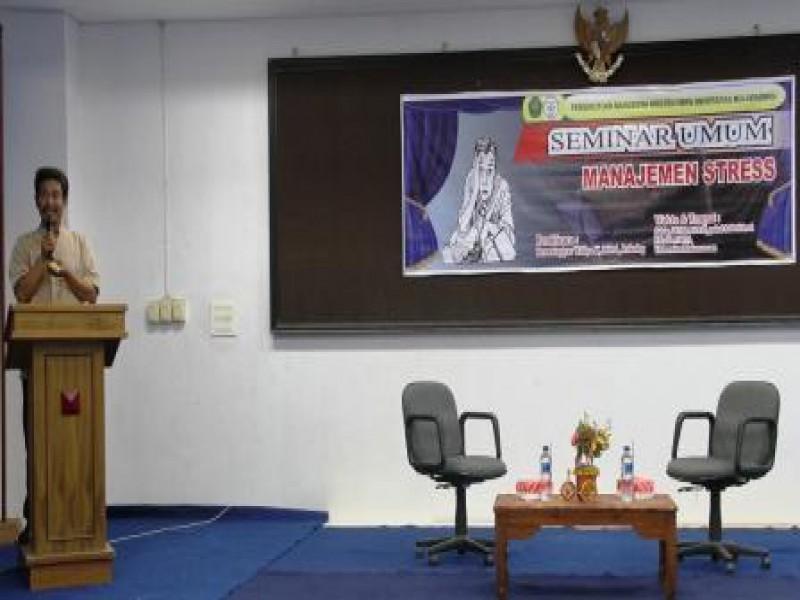 Seminar Umum dengan Tema Manajemen Stress